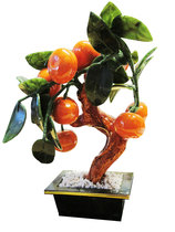 Pieni koristepuu